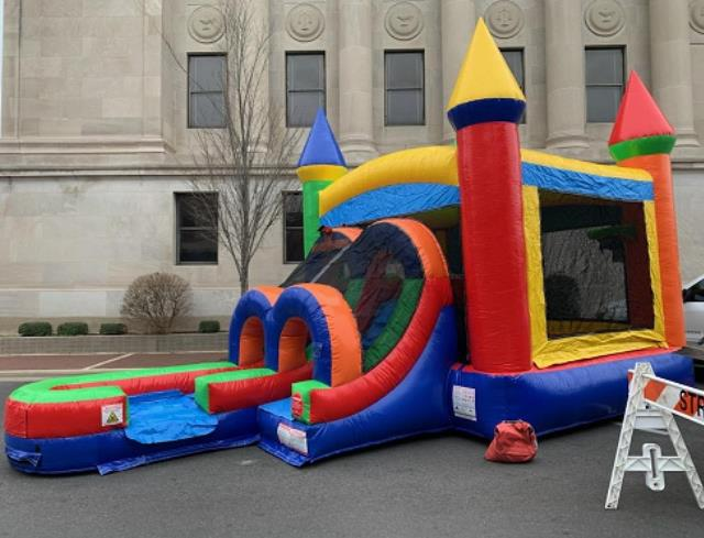 Where to find BOUNCEHOUSE, SLIDE WET CASTLE COMBO in El Dorado